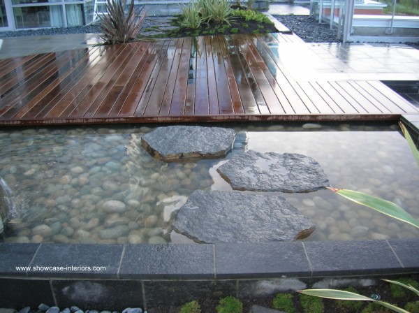 Coal Harbour Deck-006